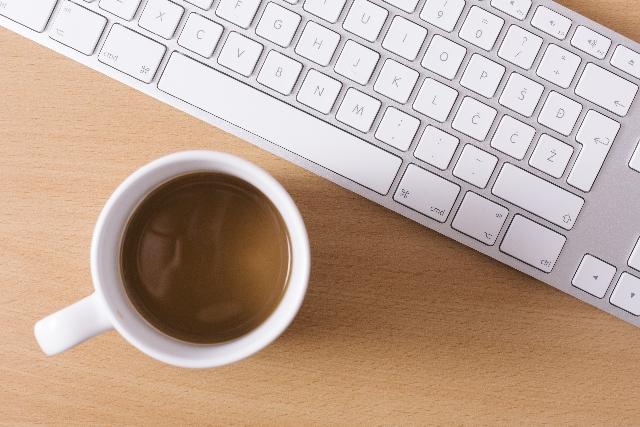 カフェインは控えめに