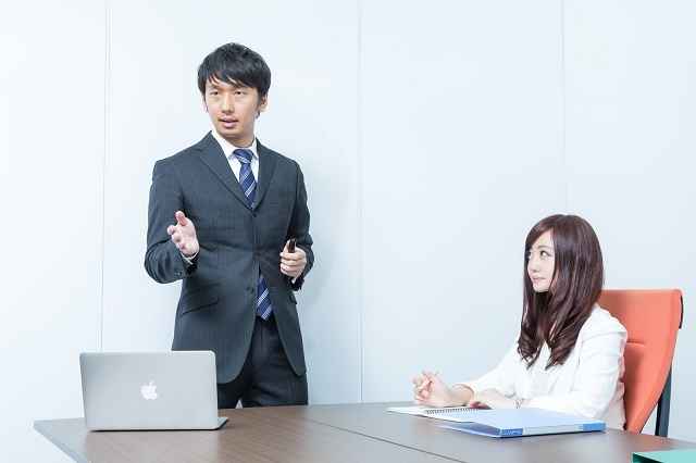 顔を合わせる会議の必要性