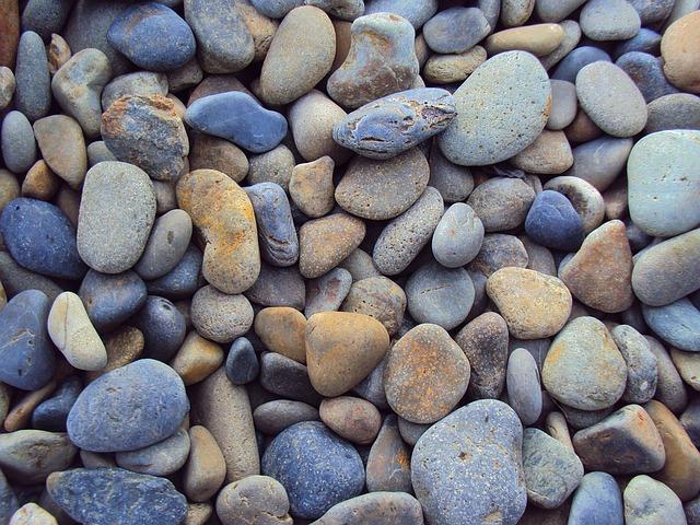 目の前の小石に気を取られない