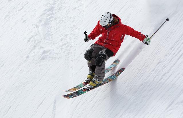 スキーで出勤