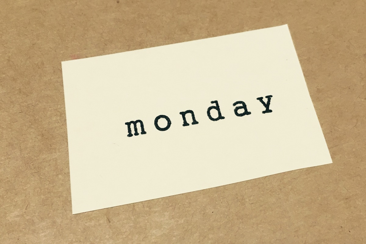 月曜日の憂鬱を解消する