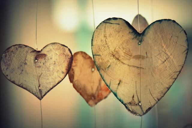 マーフィーの潜在意識の法則で恋愛を引き寄せる