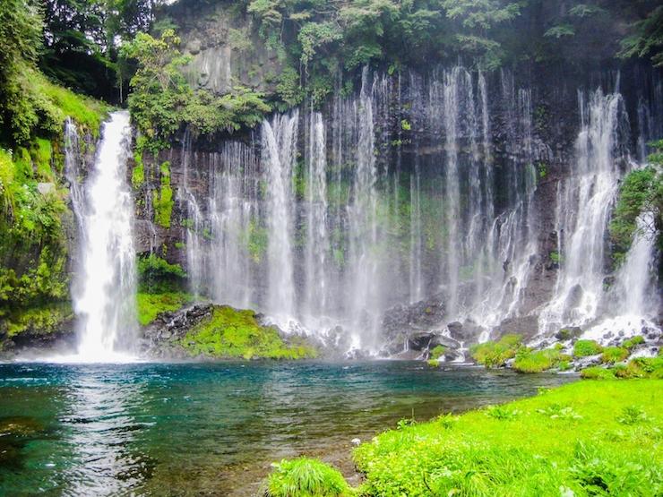 集中できる滝の音BGM